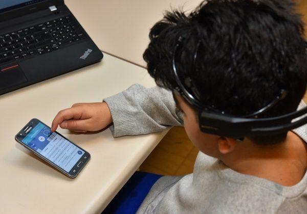Disleksik çocuklar için mobil uygulama