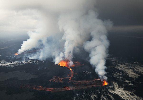 Volkanik patlamanın fotoğrafları