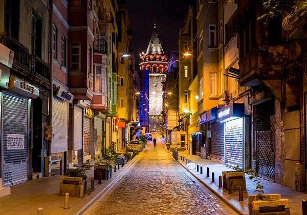Mustafa Seven İstanbul'un en iyi selfie noktalarını seçti