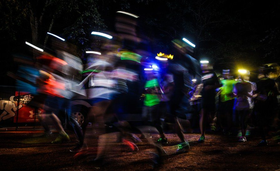 Under Armour, yılın ilk gece koşusuna davet ediyor