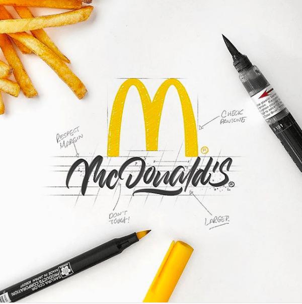 İkonik logoların kaligrafik tasarımları