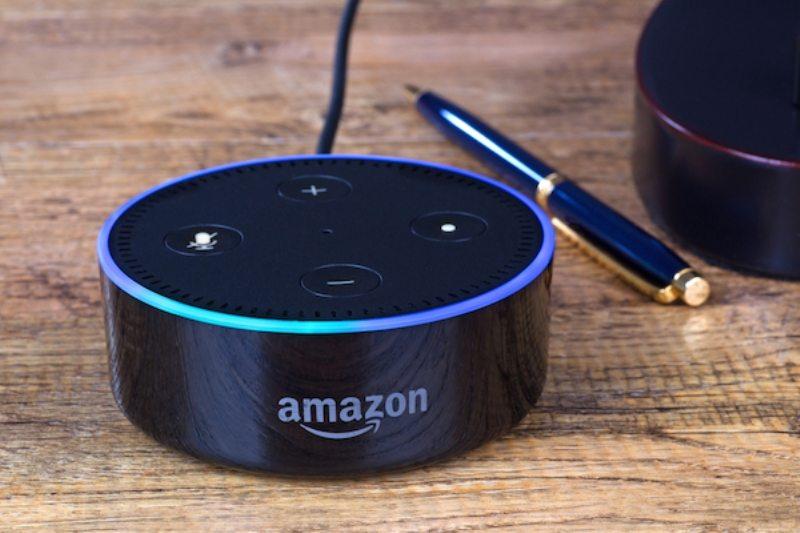 'Alexa' sahiplerinin haberi olmadan konuşmalarını kaydetti