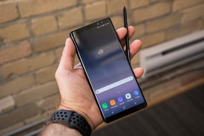 Samsung kullanıcıları fotoğraflarının izinsiz paylaşıldığını bildiriyor
